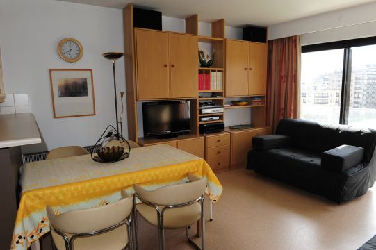 Flat in De Panne - Vacation, holiday rental ad # 62556 Picture #1