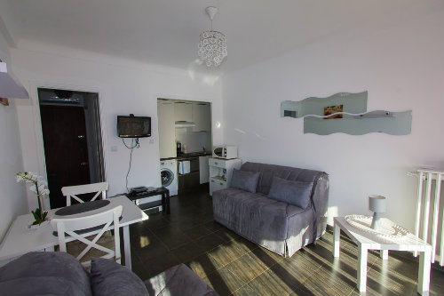 Flat in Cagnes sur Mer - Vacation, holiday rental ad # 62814 Picture #4