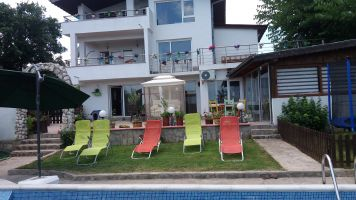 Huis Varna - 14 personen - Vakantiewoning