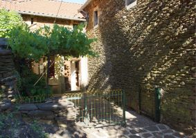 House in Saint jean de pourcharesse for   6 •   animals accepted (dog, pet...)