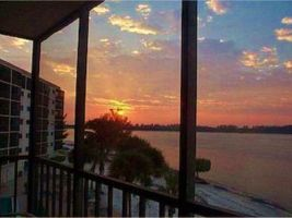 Fort Myers Beach - 6 people - holiday home  #62906