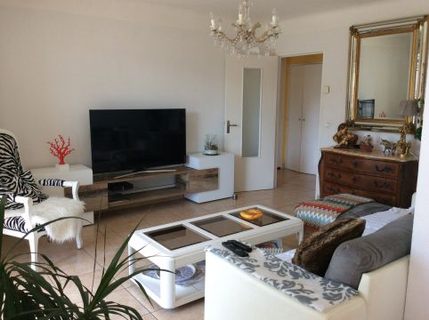 Flat in La Seyne sur - Vacation, holiday rental ad # 63078 Picture #9
