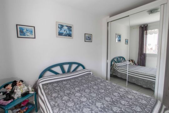 Flat in la seyne sur mer  - Vacation, holiday rental ad # 63194 Picture #8