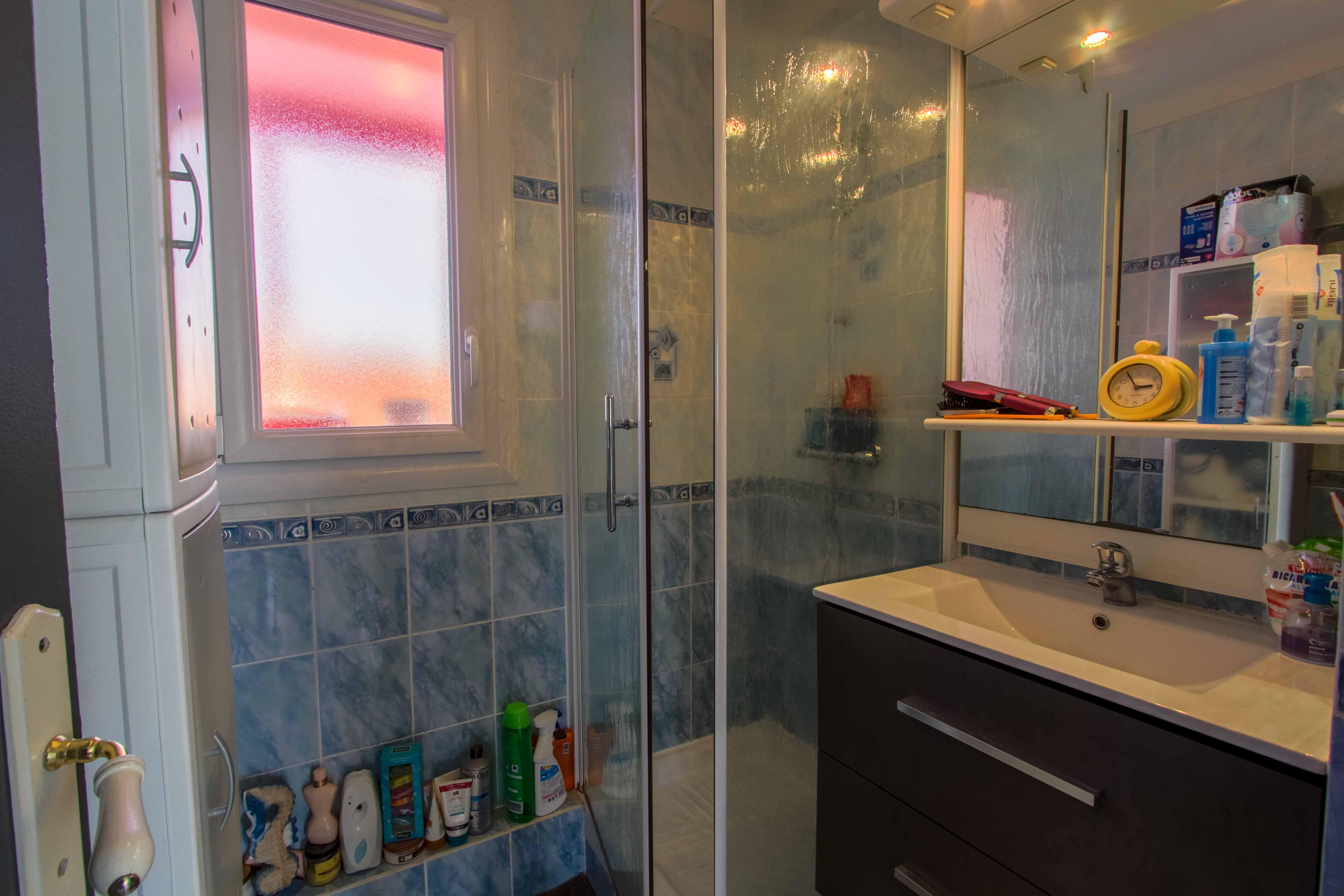 Appartement La Seyne Sur Mer  - 6 personnes - location vacances  n°63194