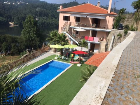 House in Gondomar/porto - Vacation, holiday rental ad # 63451 Picture #0
