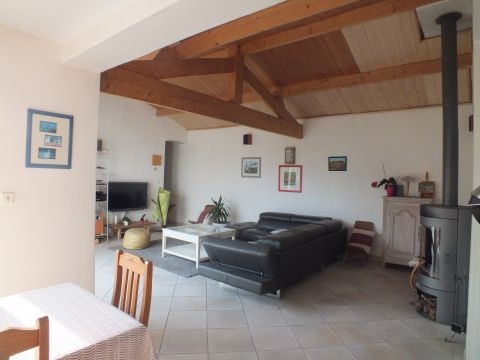 House in Dompierre sur Mer - Vacation, holiday rental ad # 63500 Picture #2