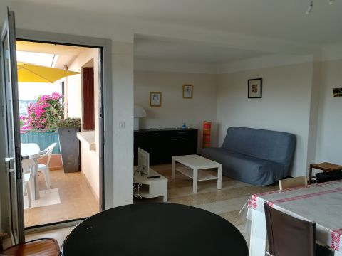Appartement à Six Fours - Location vacances, location saisonnière n°63784 Photo n°2 thumbnail