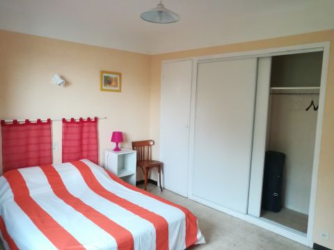 Appartement à Six Fours - Location vacances, location saisonnière n°63784 Photo n°4 thumbnail