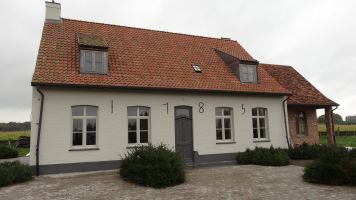 House Zottegem - 8 people - holiday home  #63286