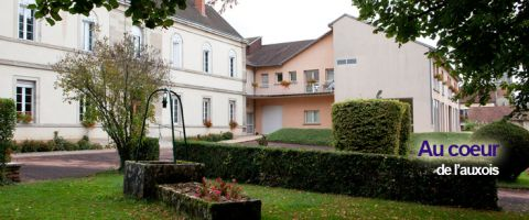 Gite à Pouilly en auxois pour  46 •   22 chambres