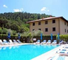 Holiday flats in Lucca - Holiday flats with pool in Lucca Holiday flat...