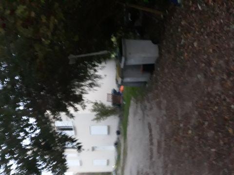 Maison à Proximité la bouille à louer pour 8 personnes - location n°64105