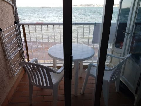 Flat in Balaruc les bains - Vacation, holiday rental ad # 64128 Picture #1