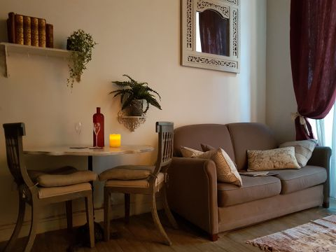 Studio in Paris - Vacation, holiday rental ad # 64349 Picture #3