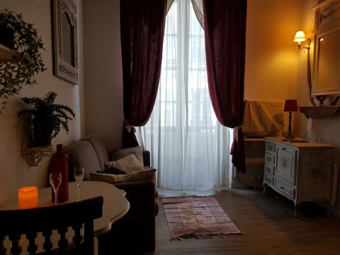 Studio in Paris - Vacation, holiday rental ad # 64349 Picture #4