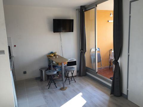 Studio in Gruissan - Vacation, holiday rental ad # 64823 Picture #2