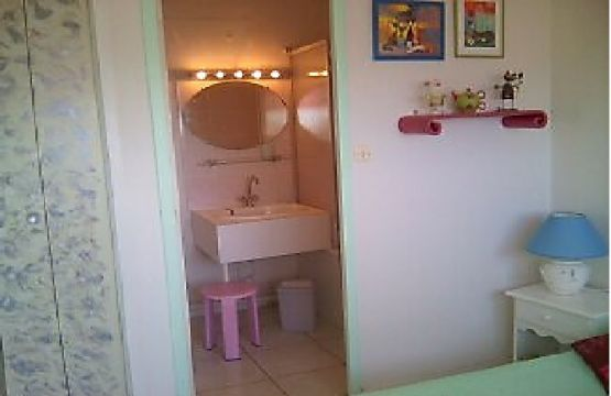 Flat in Soulac-sur-Mer - Vacation, holiday rental ad # 64829 Picture #4