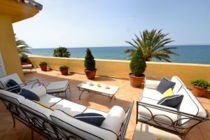 Flat in Marbella for   8 •   private parking   #64273