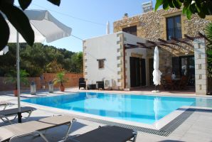 Huis in Kontomari voor  4 •   met privé zwembad