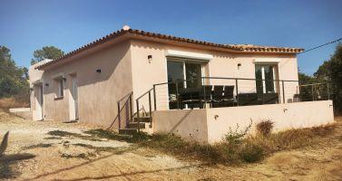 Maison à Sainte lucie de porto vecchio pour  8 •   avec terrasse   n°64634