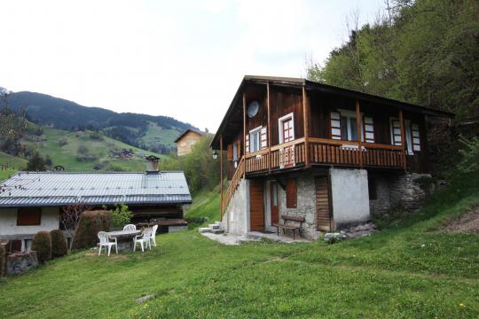 Chalet in Areches for   6 •   2 stars