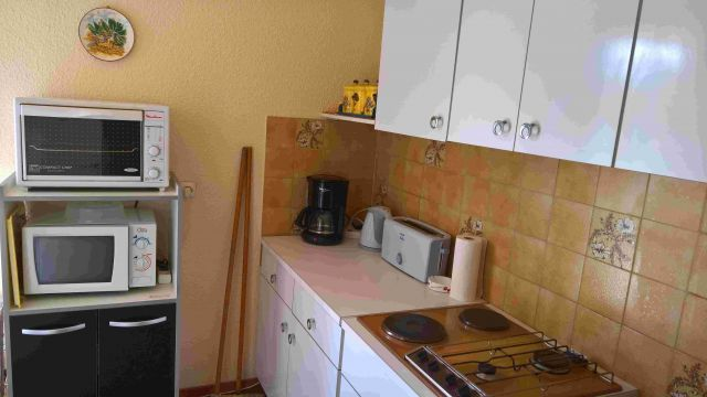 Flat in Calvi en Corse - Vacation, holiday rental ad # 65414 Picture #4