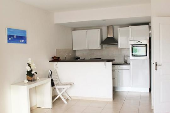 Flat in Cannes La Bocca - Vacation, holiday rental ad # 65602 Picture #0