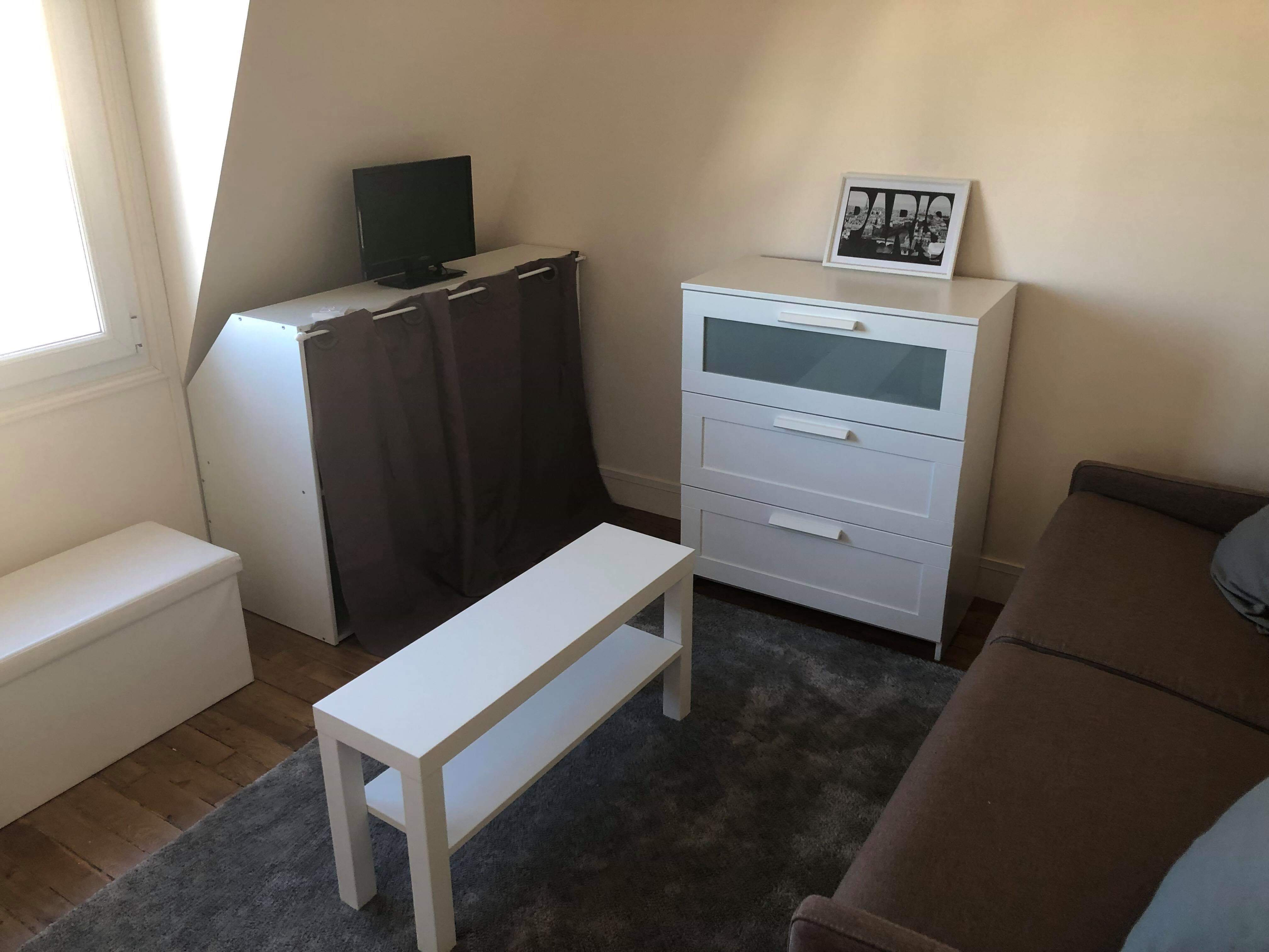Flat in Asnières-sur-seine for   2 •   1 bathroom