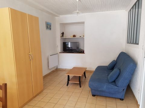 House in BESSE ET SAINTE ANASTAISE - Vacation, holiday rental ad # 65979 Picture #5