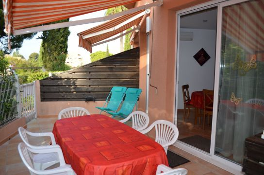 Flat in LA LONDE - Vacation, holiday rental ad # 65986 Picture #16