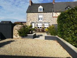 Huis in Miniac morvan voor  4 •   met terras