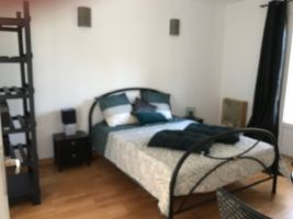 Bed and Breakfast  Saint-remeze - 2 personen - Vakantiewoning  no 65861