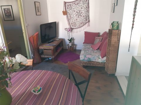 Flat in Rochefort - Vacation, holiday rental ad # 66341 Picture #2