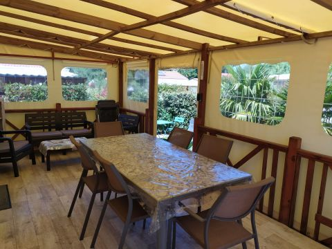 Chalet in St pierre d'oleron - Vacation, holiday rental ad # 66498 Picture #1