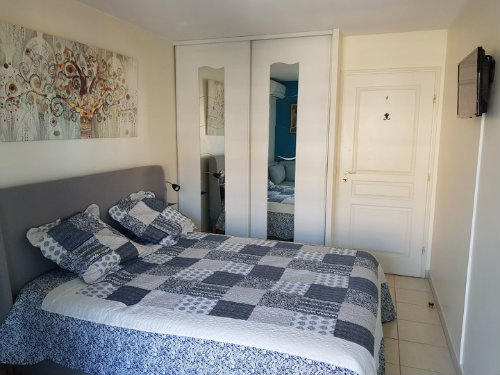 Flat in Mandelieu la Napoule - Vacation, holiday rental ad # 66936 Picture #5