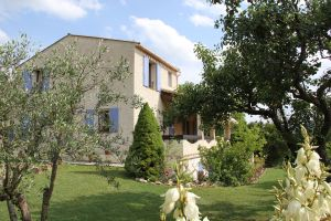 Gite Moustiers Sainte Marie - 8 people - holiday home  #66108