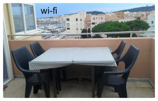 Flat in Cap d'agde for   6 •   2 bedrooms