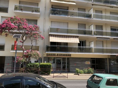 Flat in AMELIE LES BAINS - Vacation, holiday rental ad # 67248 Picture #0