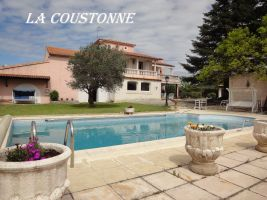 House Valréas - 8 people - holiday home  #67081