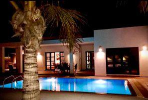 Casa en Playa blanca para  6 •   con piscina privada