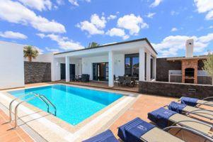 Huis in Playa blanca voor  605 •   uitzicht op zee