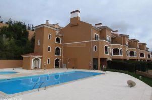 Flat in Torres vedras/lisbon for   4 •   private parking