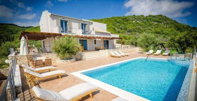 House in Zakynthos for   12 •   with private pool