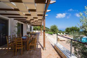 Maison à Zakynthos pour  12 •   5 chambres