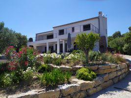 Huis in Saint aygulf voor  12 •   met privé zwembad