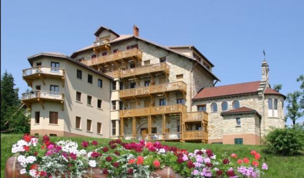 Chalet in Villard de lans für  5 •   mit Schwimmbad auf Komplex