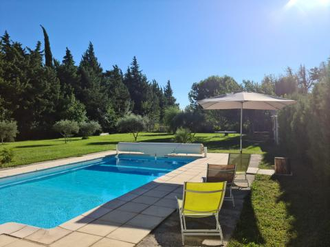 Maison avec piscine - Maison en campagne et grand terrain Reste juin e...