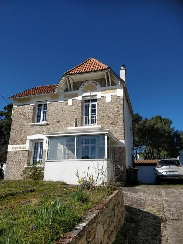 House in La baule for   8 •   private parking