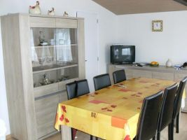Chalet in Bredene for   5 •   animals accepted (dog, pet...)