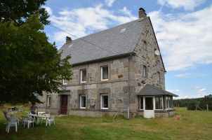 Maison à Bagnols pour  14 •   5 chambres